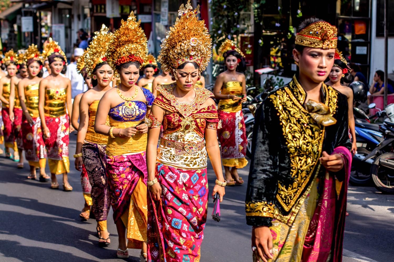 Bali procession (1)
