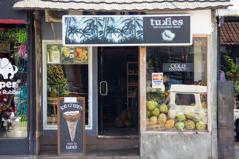 Coconut icecream Ubud (2)