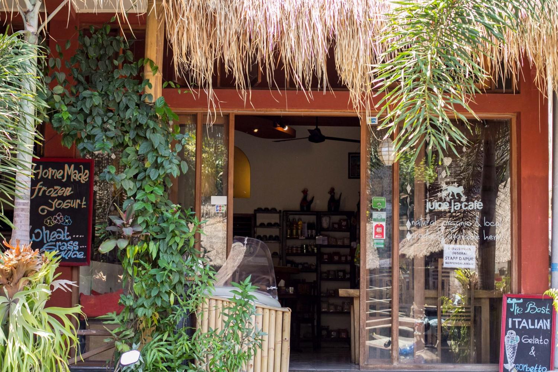 Ubud Cafe (2)