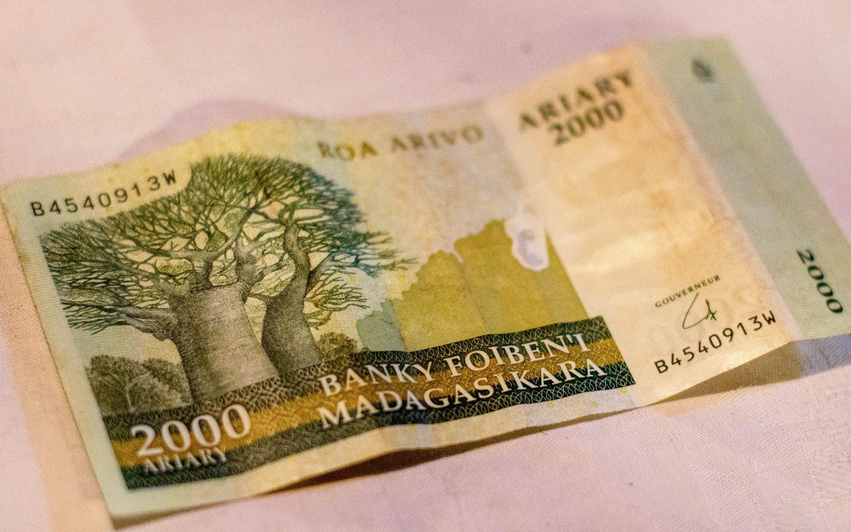 Madagaskar pieniądze waluta